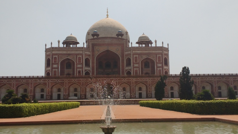 Visit the Administrative Capital of India in just 1 Day: DelhiDarshan